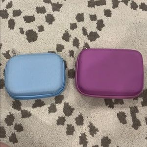 2 Essential oil roller ball carrying case